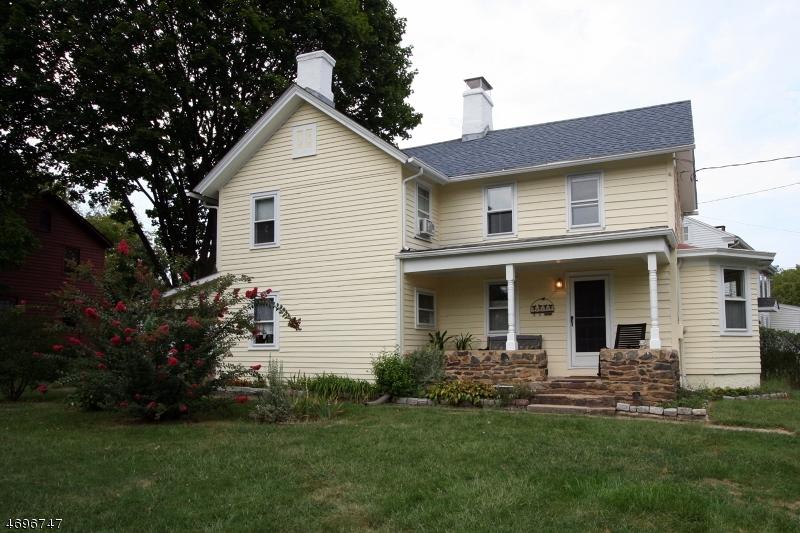 独户住宅 为 销售 在 1065 Old York Road East Amwell, 08551 美国