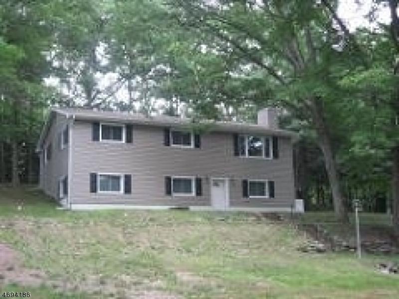 Casa Unifamiliar por un Alquiler en 31 Longwood Lake Road Oak Ridge, Nueva Jersey 07438 Estados Unidos