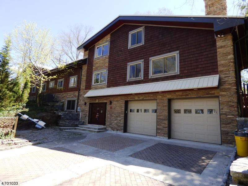 Частный односемейный дом для того Продажа на 61 Seminole Avenue Lincoln Park, 07035 Соединенные Штаты