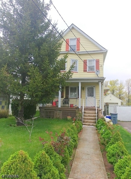 Tek Ailelik Ev için Satış at 262 Elm Street Carteret, New Jersey 07008 Amerika Birleşik Devletleri