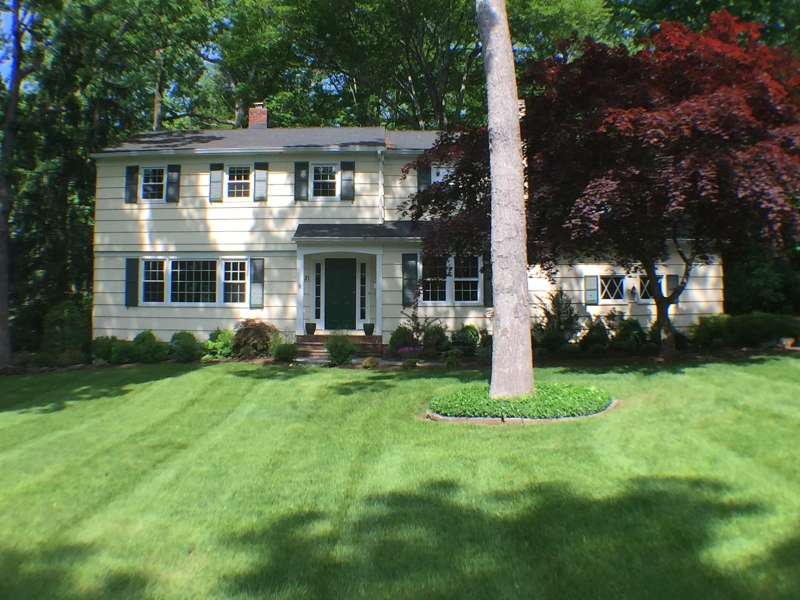 Single Family Home for Rent at 131 Lenape Lane Berkeley Heights, New Jersey 07922 United States