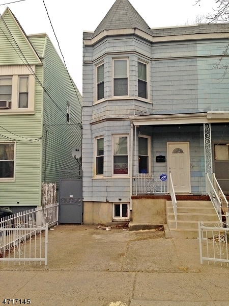 Single Family Home for Rent at 28 Williams Avenue Jersey City, New Jersey 07304 United States