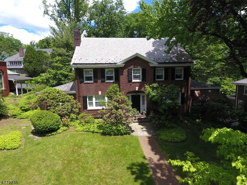 Additional photo for property listing at 425 Twin Oak Road  South Orange, Нью-Джерси 07079 Соединенные Штаты