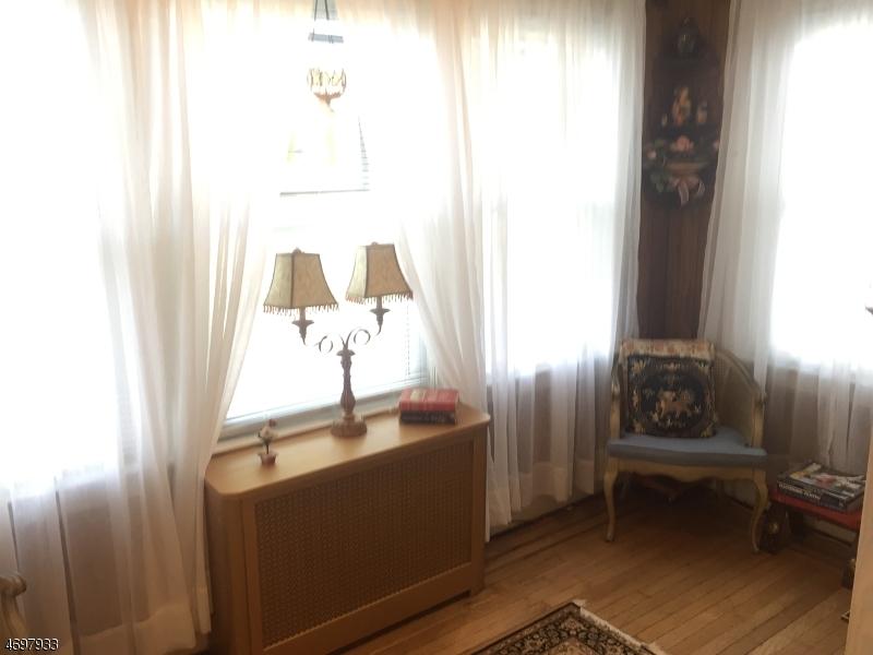 Casa Unifamiliar por un Venta en 57 Front Street North Arlington, Nueva Jersey 07031 Estados Unidos