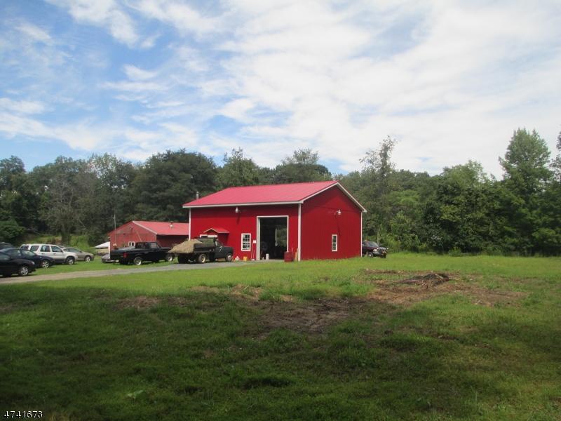 Nhà ở một gia đình vì Bán tại 48 River Road Montague, New Jersey 07827 Hoa Kỳ