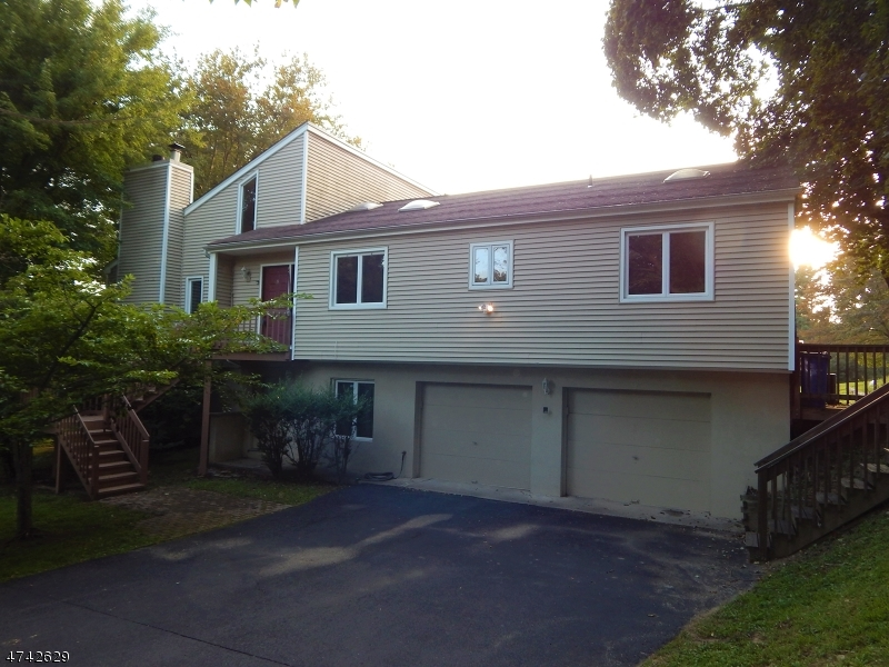 Single Family Home for Rent at 8 Allerton Road Clinton, New Jersey 08833 United States