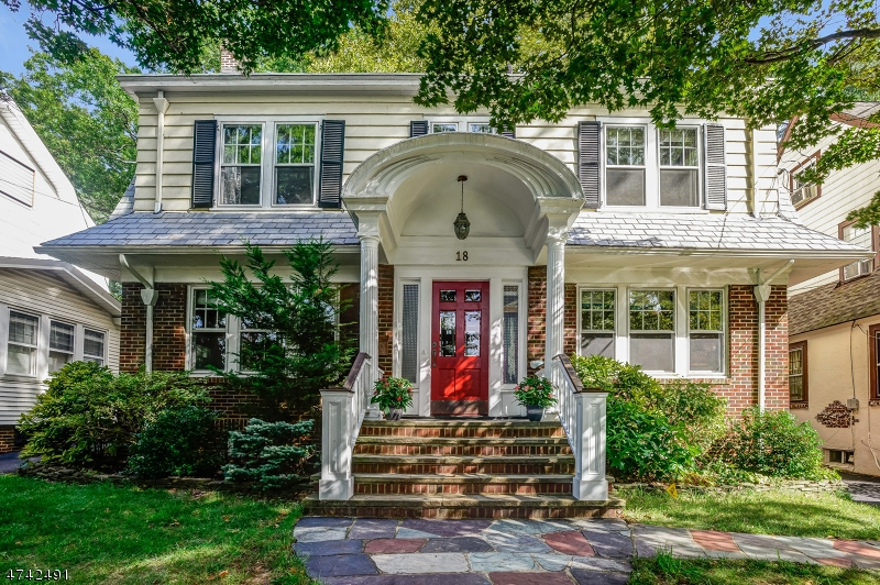 Частный односемейный дом для того Продажа на 18 Rutgers Street Maplewood, Нью-Джерси 07040 Соединенные Штаты