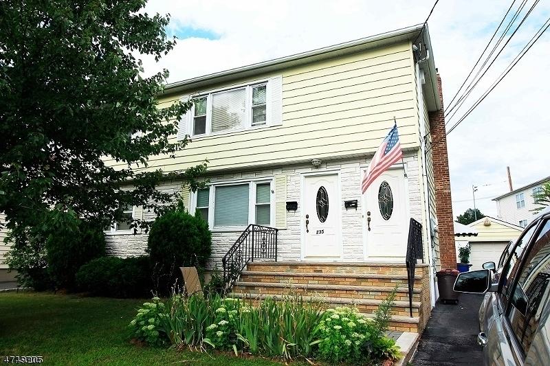 Casa Multifamiliar por un Venta en Address Not Available Kenilworth, Nueva Jersey 07033 Estados Unidos