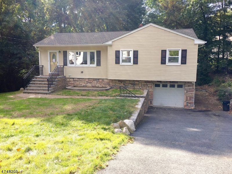 Single Family Home for Rent at 35 Oakwood Drive Ringwood, New Jersey 07456 United States