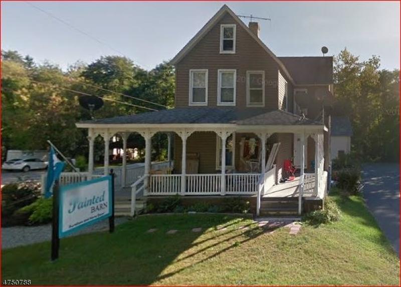 Casa Unifamiliar por un Alquiler en 113 Route 15 Lafayette, Nueva Jersey 07848 Estados Unidos
