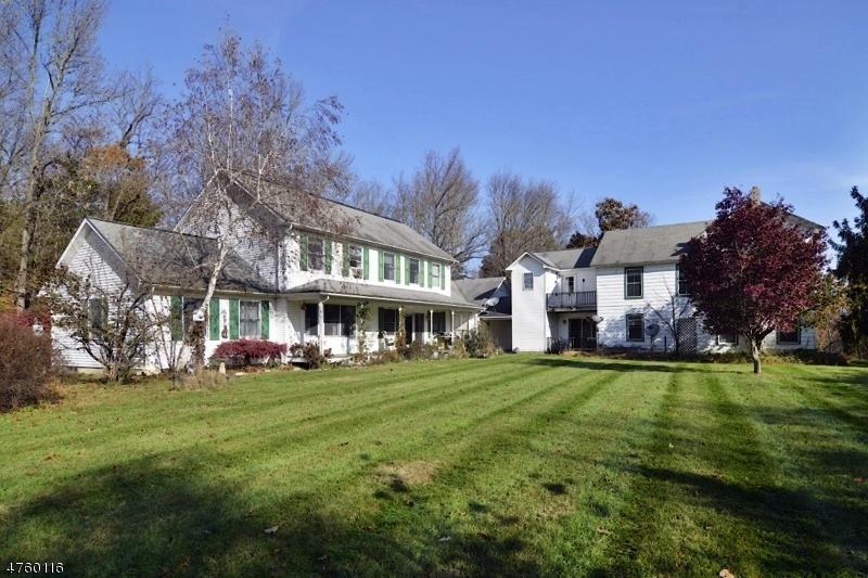 Maison unifamiliale pour l Vente à 20 Paulinskill Road Hardwick, New Jersey 07825 États-Unis