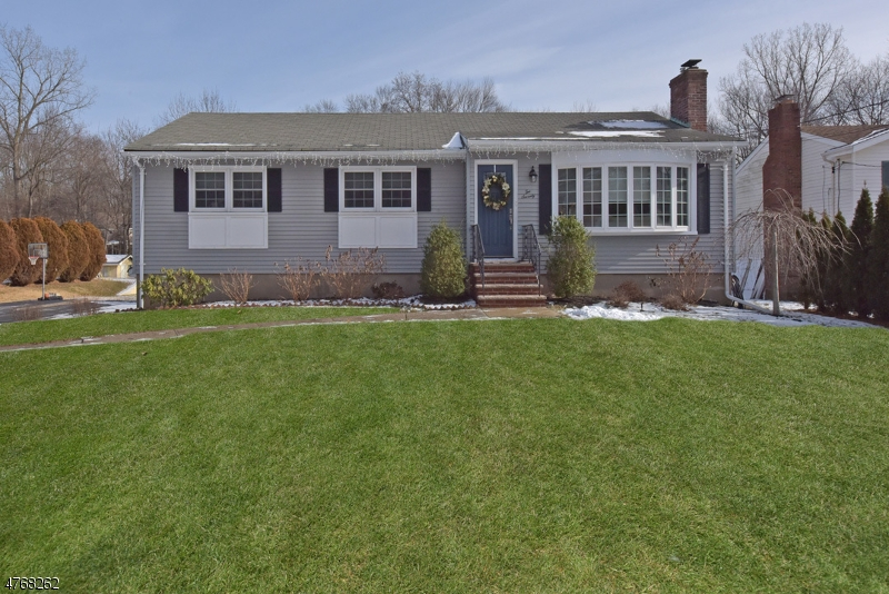 Single Family Home for Sale at 270 S Central Avenue Ramsey, New Jersey 07446 United States