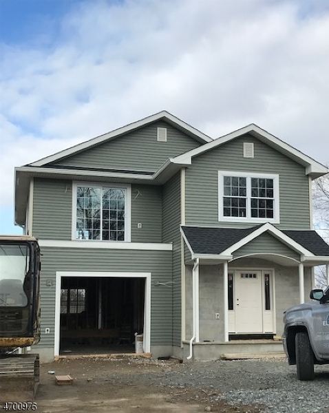 Частный односемейный дом для того Продажа на 10 Scott Street 10 Scott Street Butler, Нью-Джерси 07405 Соединенные Штаты