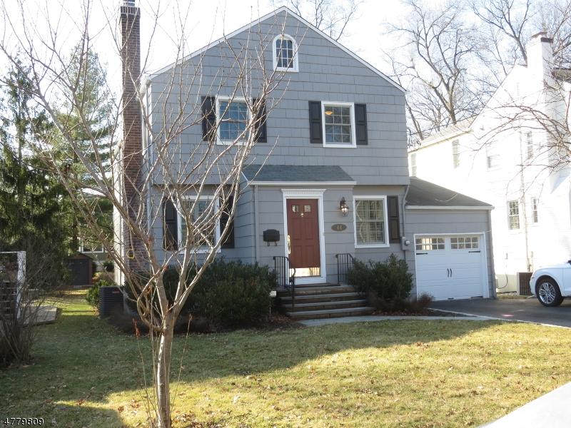 独户住宅 为 销售 在 44 Tallmadge Avenue 查塔姆, 新泽西州 07928 美国