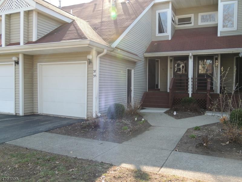 公寓 / 联排别墅 为 销售 在 35 Ridgeview Ter Jefferson Township, 新泽西州 07438 美国