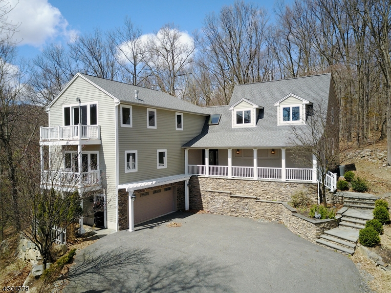 Single Family Home for Sale at 44 BURNT MEADOW Road Ringwood, New Jersey 07456 United States