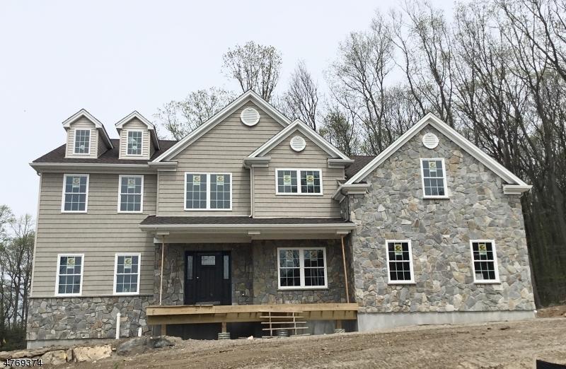 獨棟家庭住宅 為 出售 在 5 Jared Place Mount Olive, 新澤西州 07828 美國