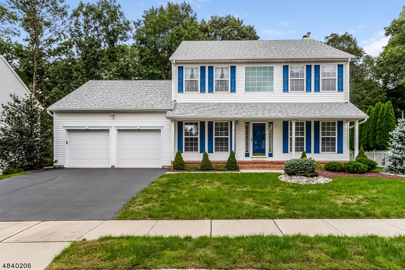 Single Family Home for Sale at 15 SAMANTHA WAY Spotswood, New Jersey 08884 United States