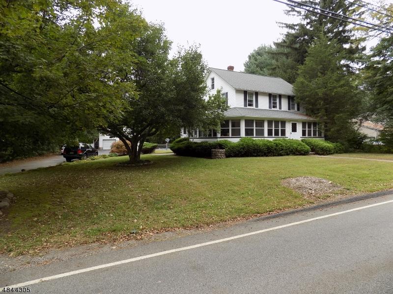 Moradia para Venda às 115 SCHOOLHOUSE Road Jefferson Township, Nova Jersey 07438 Estados Unidos