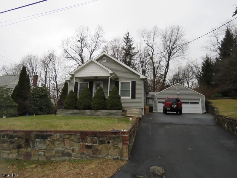 Property pour l Vente à 48 HILLSIDE Avenue Mine Hill, New Jersey 07803 États-Unis