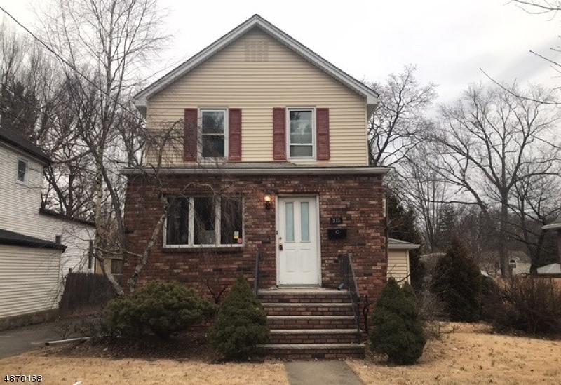 Частный односемейный дом для того Продажа на 373 CLOSTER DOCK Road Closter, Нью-Джерси 07624 Соединенные Штаты