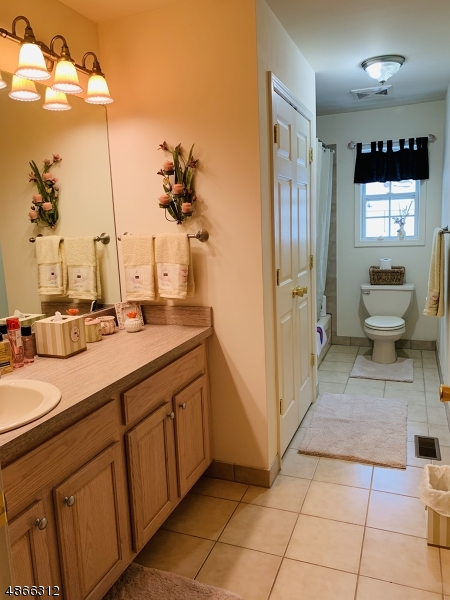 Additional photo for property listing at 5 UPPER PLATEAU Drive  Vernon, New Jersey 07462 United States