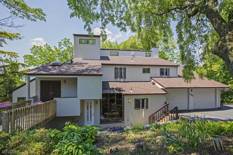 Single Family Home for Sale at 843 RIFLE CAMP Road Woodland Park, New Jersey 07424 United States