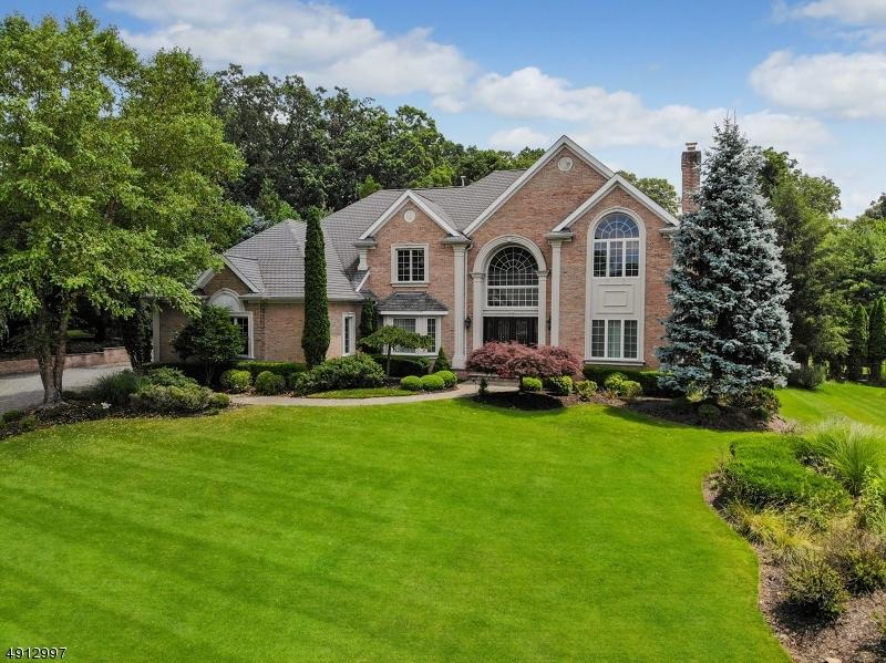 Single Family Homes 為 出售 在 North Haledon, 新澤西州 07508 美國