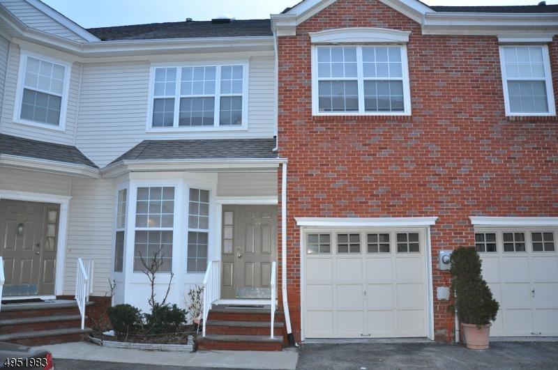 Condo / Casa geminada para Alugar às Parsippany, Nova Jersey 07054 Estados Unidos