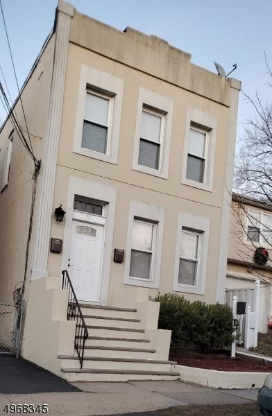 Multi-Family Homes per Vendita alle ore Address Not Available Union Township, New Jersey 07088 Stati Uniti