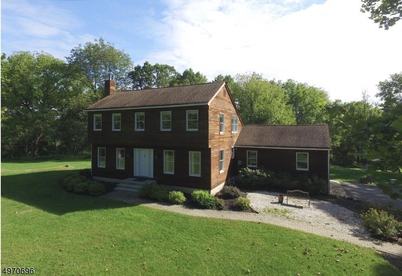 Single Family Homes per Vendita alle ore Hardwick, New Jersey 07825 Stati Uniti
