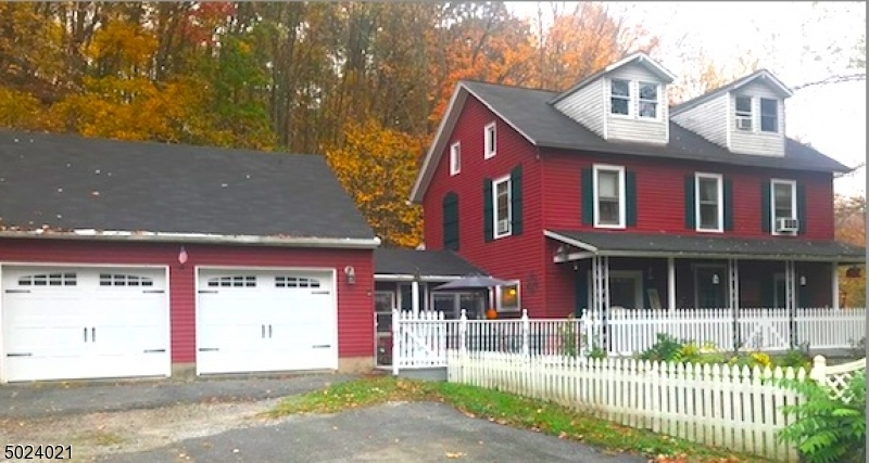 Single Family Homes per Vendita alle ore Blairstown, New Jersey 07825 Stati Uniti