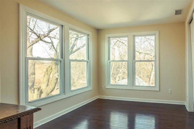 Additional photo for property listing at 54 Route 202/31  Raritan, Nueva Jersey 08551 Estados Unidos