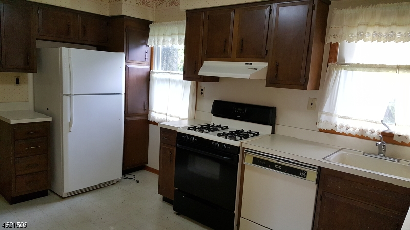 Additional photo for property listing at 511 E Henry Street  Linden, New Jersey 07036 États-Unis