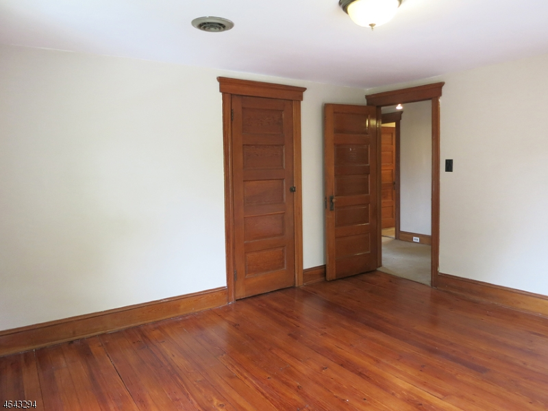 Additional photo for property listing at 57 John Ringo Road  Ringoes, New Jersey 08551 États-Unis