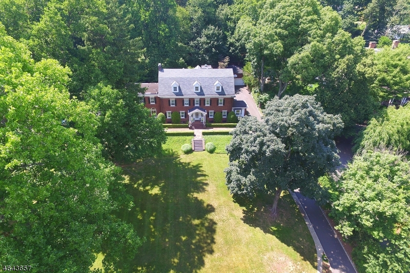 Additional photo for property listing at 180 S Mountain Avenue  Montclair, Nueva Jersey 07042 Estados Unidos