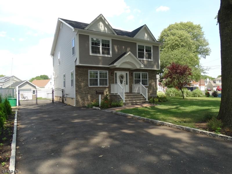 Additional photo for property listing at 420 Lee Ter  Kenilworth, Нью-Джерси 07033 Соединенные Штаты