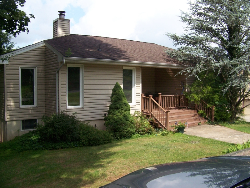 Additional photo for property listing at 154 Leigh Street  Clinton, Нью-Джерси 08809 Соединенные Штаты