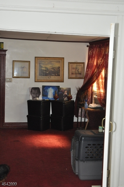 Additional photo for property listing at 30 Cambridge Street  East Orange, New Jersey 07018 États-Unis