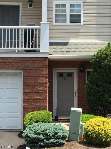 Single Family Home for Rent at 28 CASTLE Drive Berkeley Heights, 07922 United States