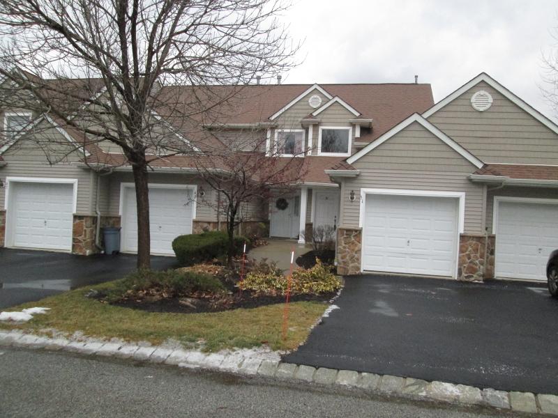 独户住宅 为 出租 在 51 Bourne Circle 汉堡, 新泽西州 07419 美国