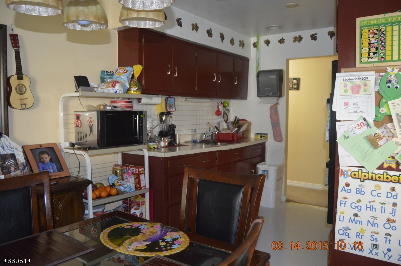 Additional photo for property listing at Address Not Available  North Plainfield, 新泽西州 07060 美国