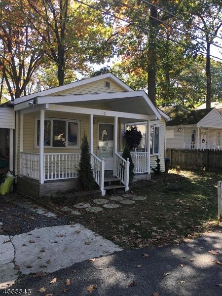 Частный односемейный дом для того Аренда на 20 Amherst Way Hopatcong, Нью-Джерси 07843 Соединенные Штаты