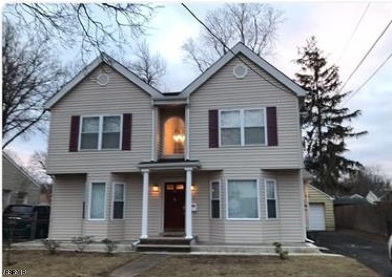 独户住宅 为 销售 在 16 Momar Drive 伯根菲尔德, 新泽西州 07621 美国