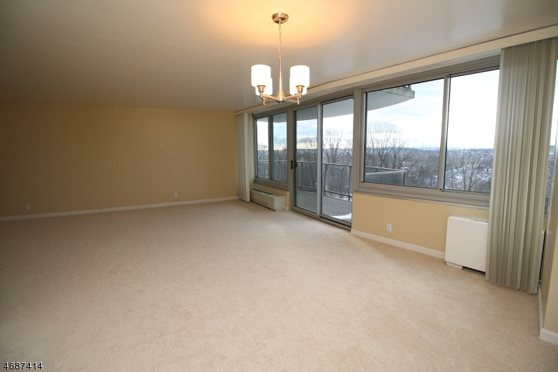 Частный односемейный дом для того Аренда на 1 Claridge Dr, 221 Verona, Нью-Джерси 07044 Соединенные Штаты