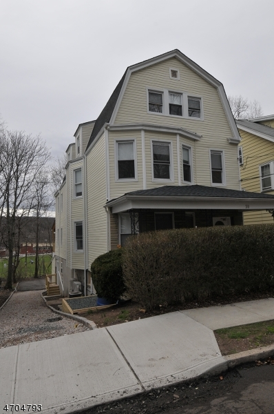 Single Family Home for Rent at 511 Academy Street Maplewood, New Jersey 07040 United States