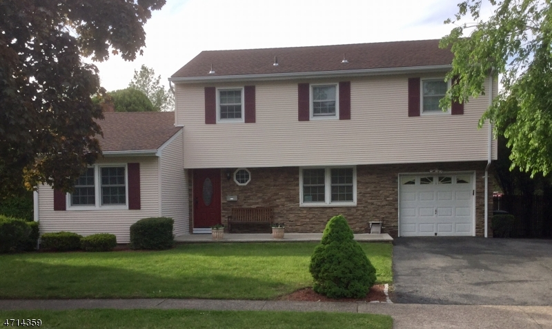 Single Family Home for Sale at 76 ALBANY Avenue Pompton Lakes, 07442 United States