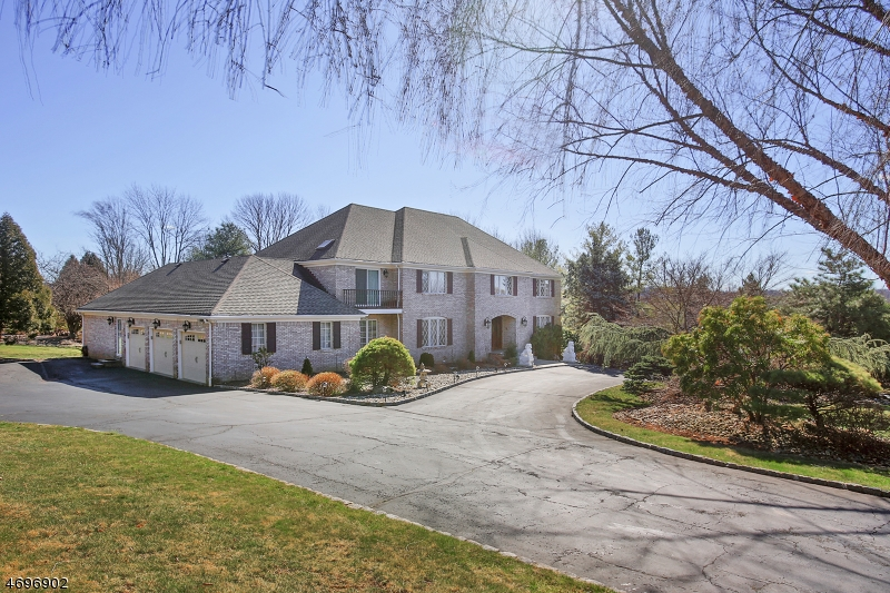 واحد منزل الأسرة للـ Sale في 3 Rambling Brook Lane Warren, New Jersey 07059 United States