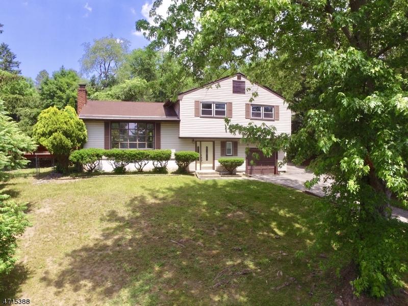 Частный односемейный дом для того Аренда на 5 Grant Ter Ogdensburg, Нью-Джерси 07439 Соединенные Штаты