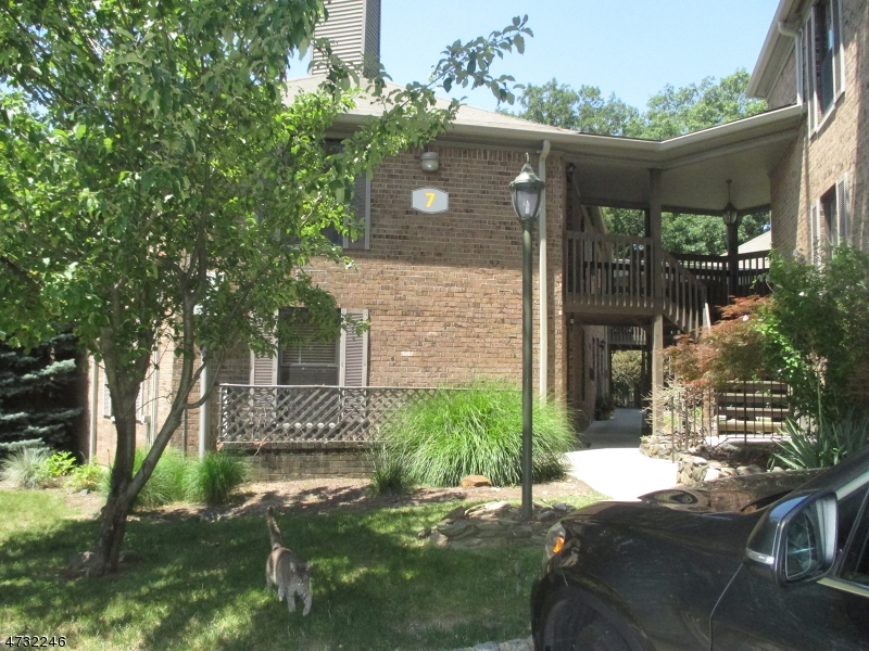 Single Family Home for Rent at 181 Long Hill Rd, 7-12 Little Falls, New Jersey 07424 United States